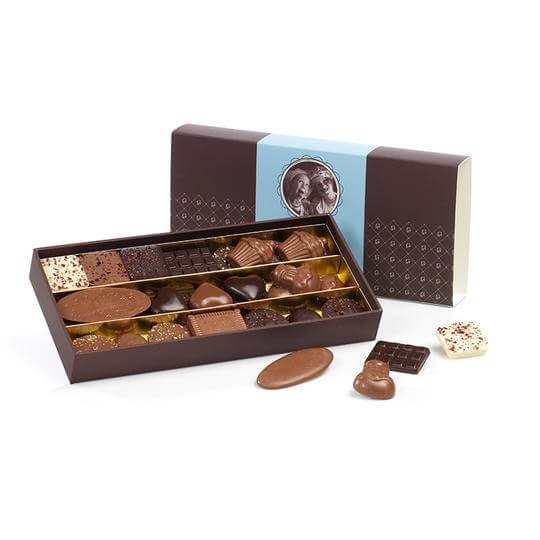 boite-chocolats-assortiment-fourreau-guinguet-250-gr