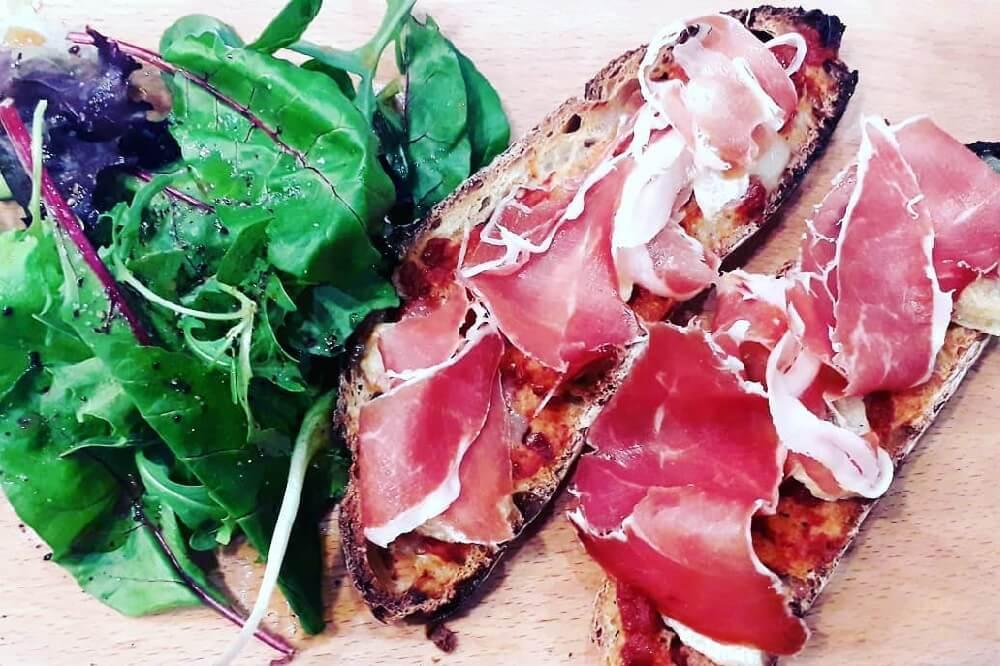 bruschetta-italienne-le-comptoir-authentique-cantine-sarlat